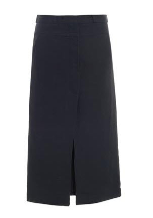 matches navy skirt
